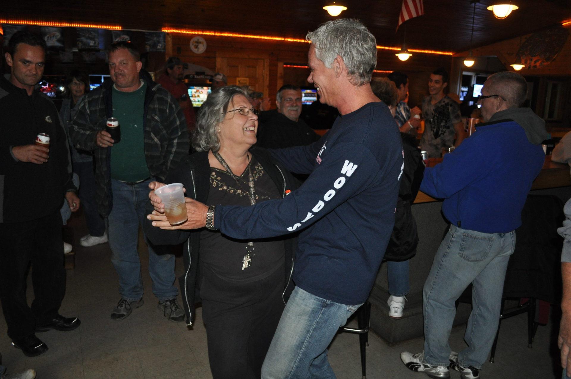 2011-10-14-people-dancing-at-champions-bar